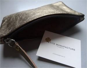 pochette-cuir-doree-petite-manufacture
