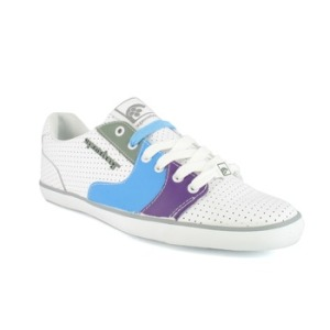 chaussures-Supreme-Being-2434143-2