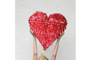 pinata-coeur-rouge