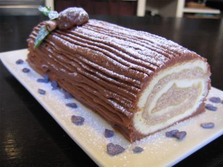 buche-de-noel-chocolat-et-creme-aux-marrons