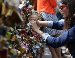 Thomas_Sabo_Love_Bridge_Paris_drittel_2